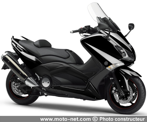 tous les comparatifs c600sport integra ou tmax 530 quel scooter pour les motards. Black Bedroom Furniture Sets. Home Design Ideas