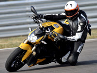 Premier essai Ducati StreetFighter 848 : petit mais costaud