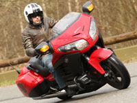 Essai Honda Goldwing F6B 2013 : un Bagger en or