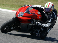 Premier essai MV Agusta F3 800 : maxi Supersport