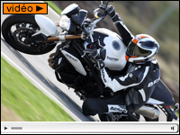 Essai Triumph Speed Triple 2011 : the King is back !