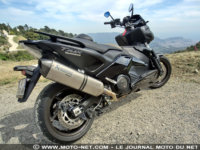 essai yamaha 530 tmax transformer yamaha nice lazareth le tmax que les motards saluent. Black Bedroom Furniture Sets. Home Design Ideas