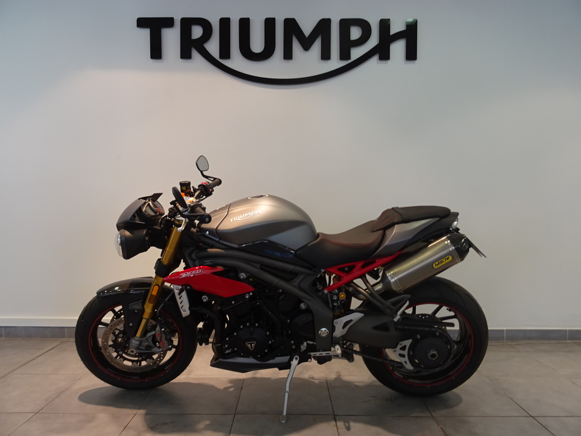 TRIUMPH 1050 Speed Triple R