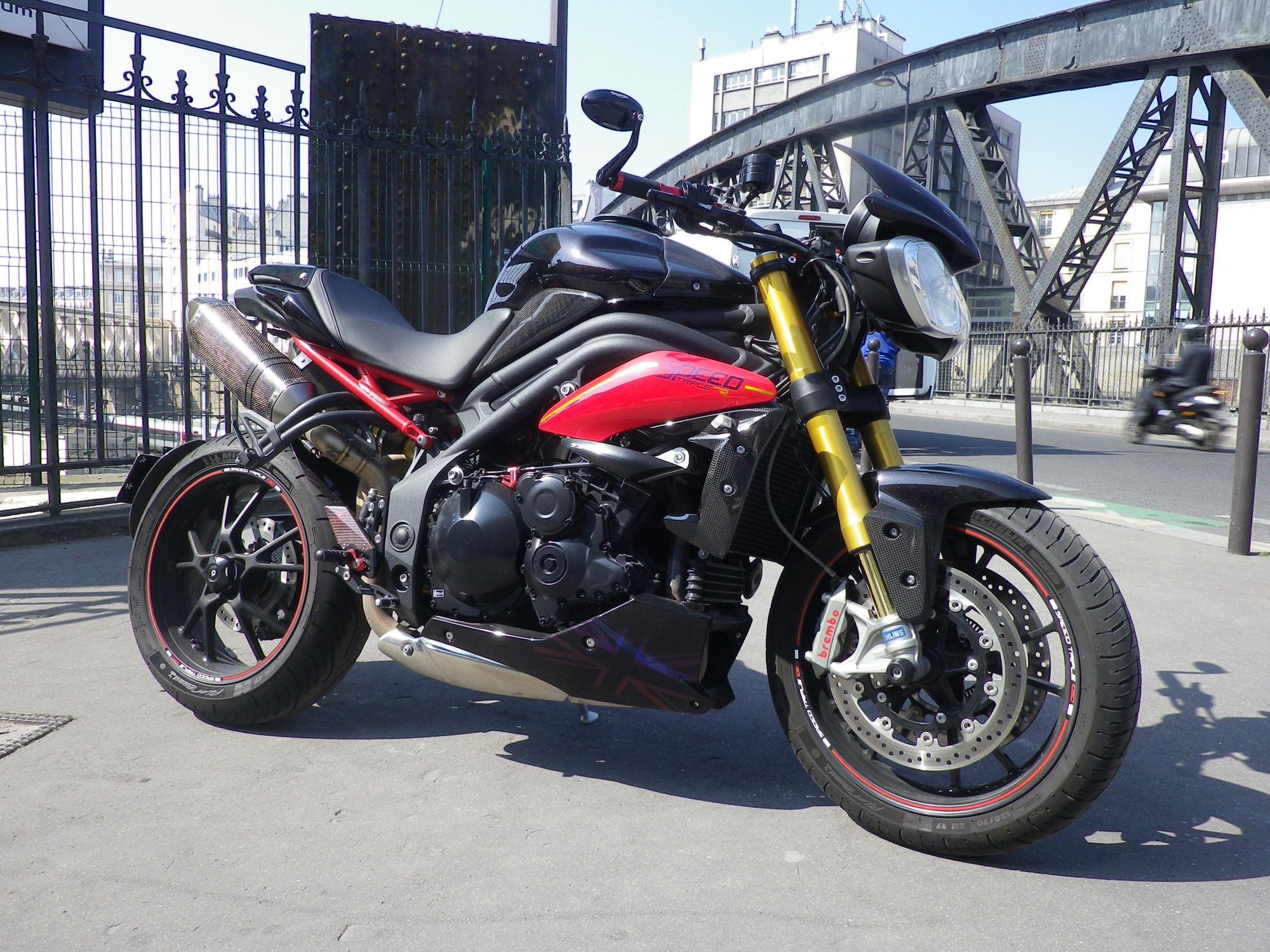 TRIUMPH 1050 SPEED TRIPLE 1050 R ABS