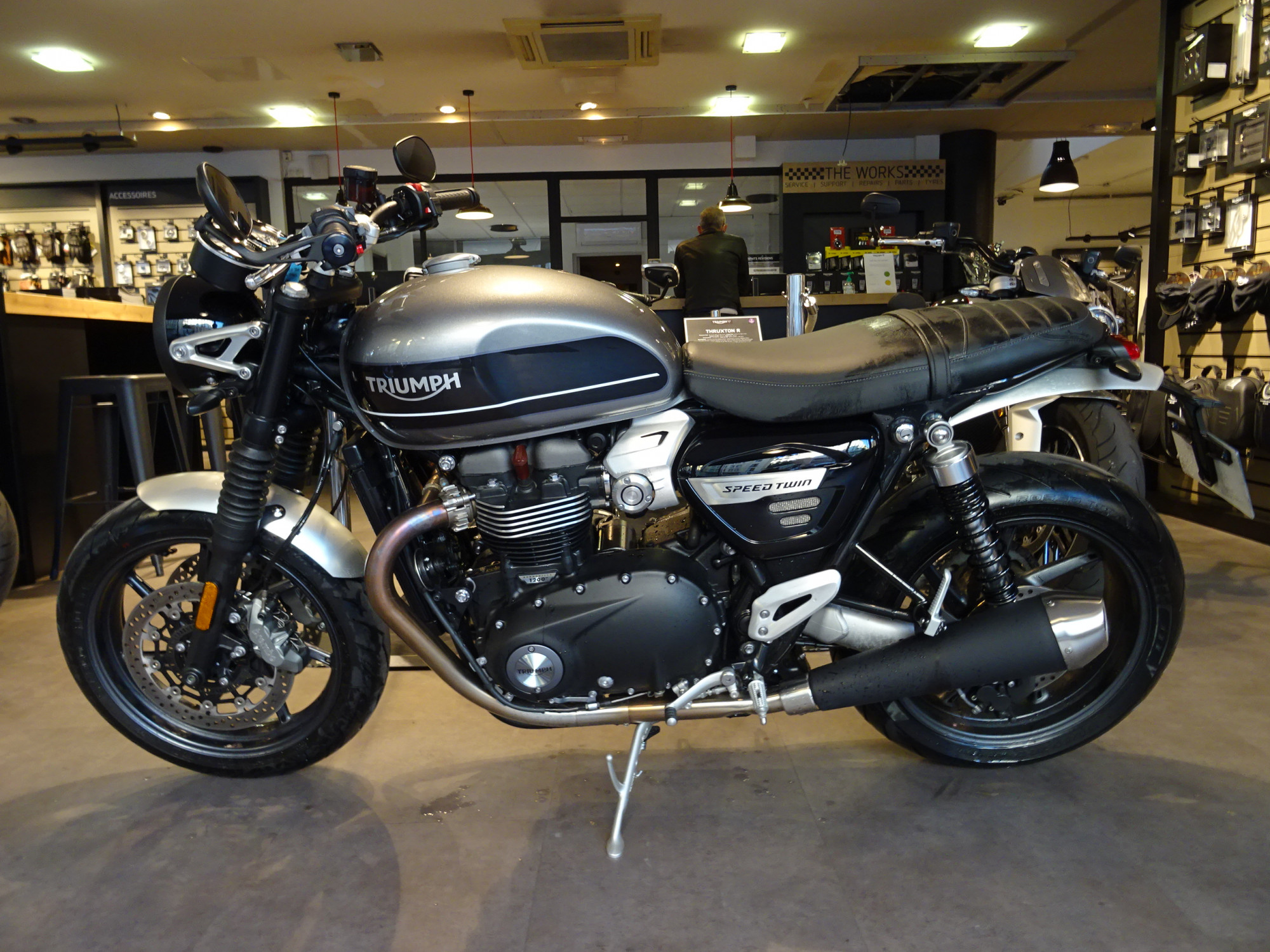 TRIUMPH 1200 SPEED TWIN 1200