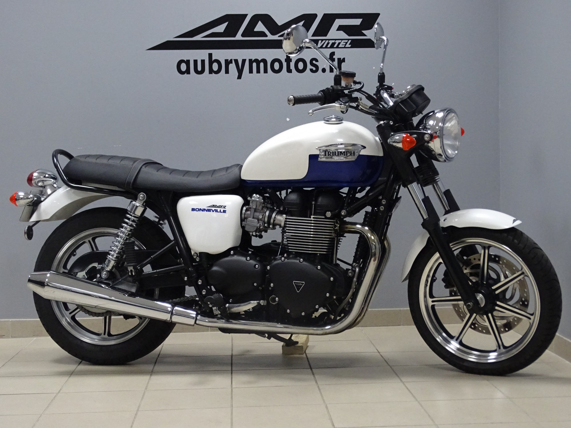 TRIUMPH 900 BONNEVILLE 900 TRANSFORMABLE PERMIS A2