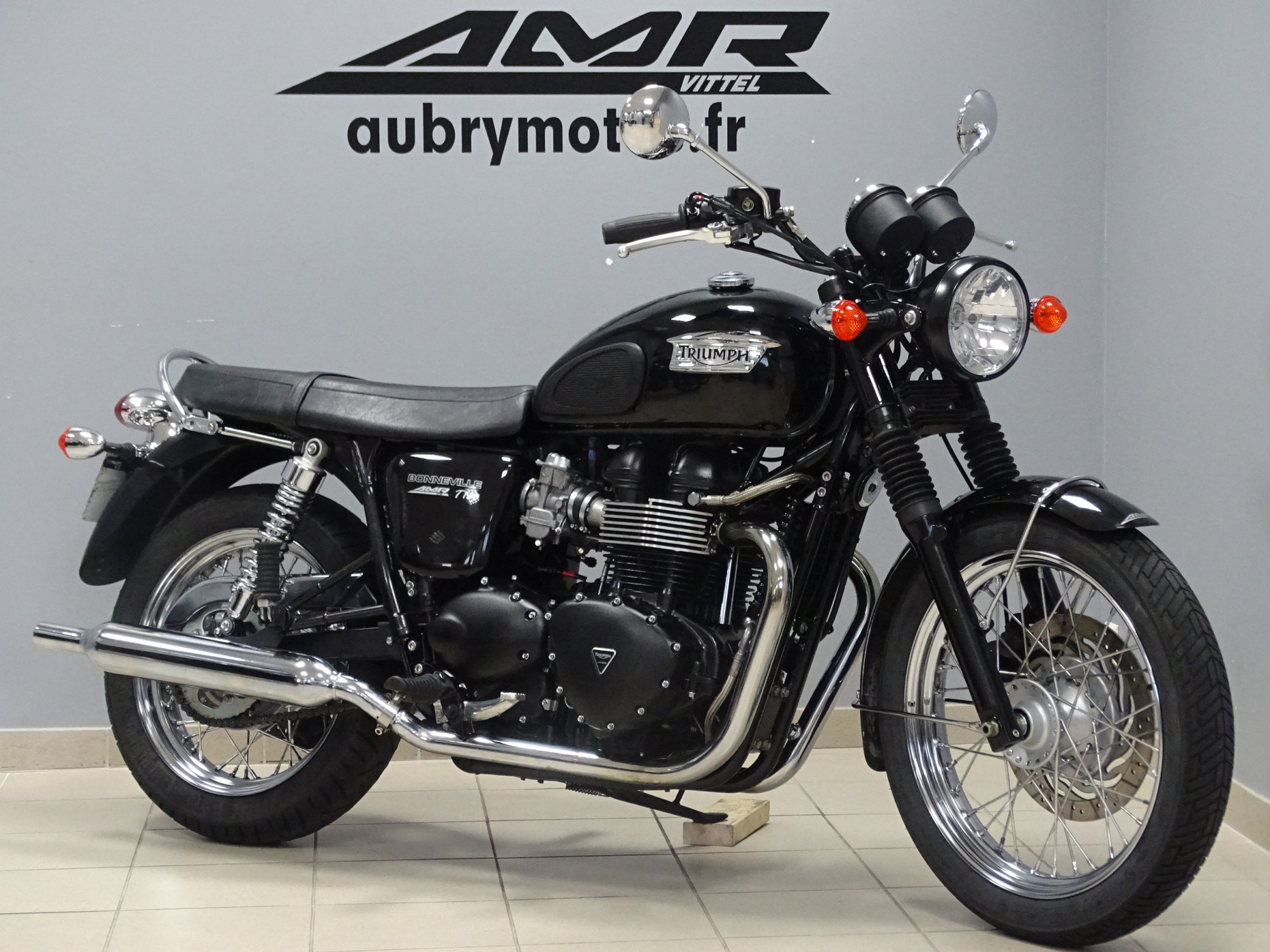 TRIUMPH 900 BONNEVILLE T100 BLACK (possible A2)