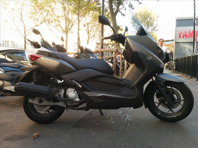 essai yamaha tmax 2015 un max d 39 efficacit. Black Bedroom Furniture Sets. Home Design Ideas