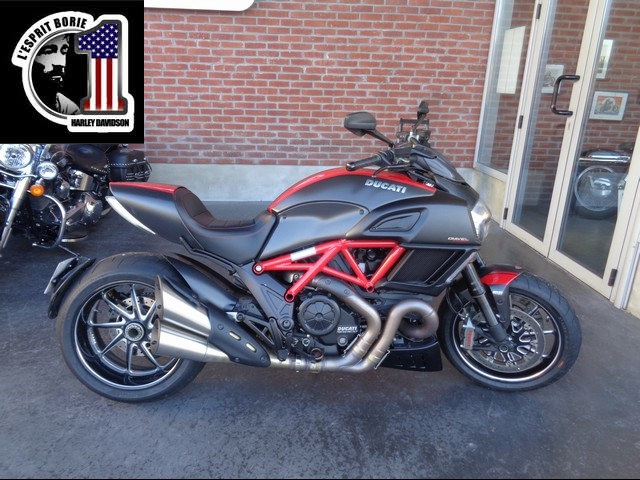 DUCATI 1198 DIAVEL CARBON CARBON RED