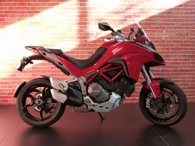 DUCATI 1200 MULTISTRADA 1200 S D'AIR RED