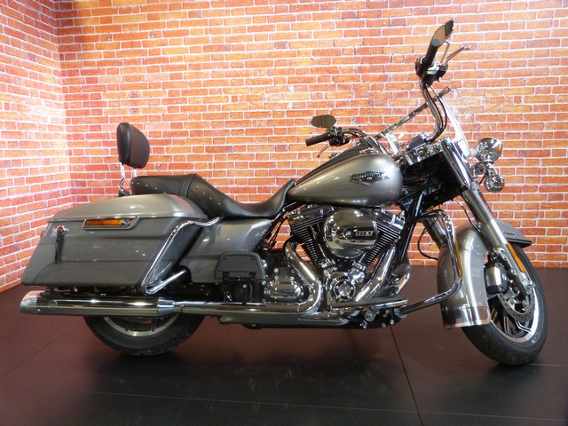 HARLEY-DAVIDSON 1690 TOURING road king 1690