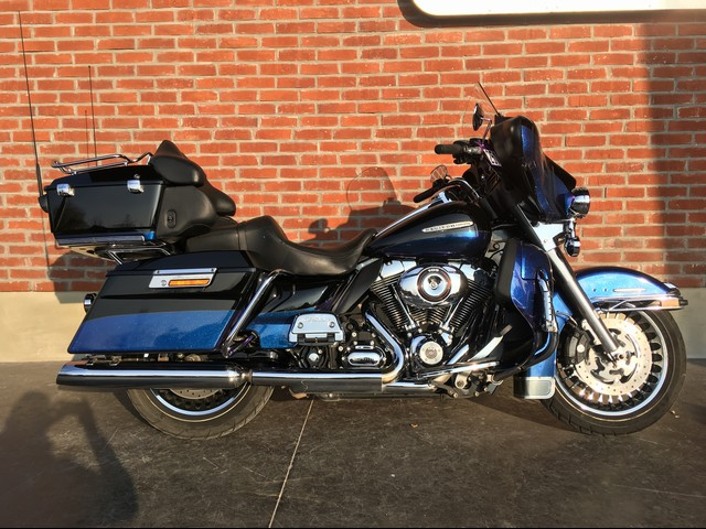 HARLEY-DAVIDSON 1700 TOURING ULTRA LIMITED