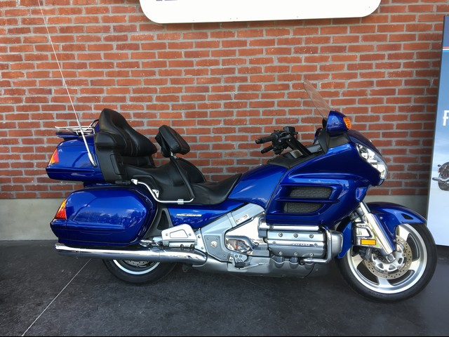 HONDA 1800 GL GOLD WING