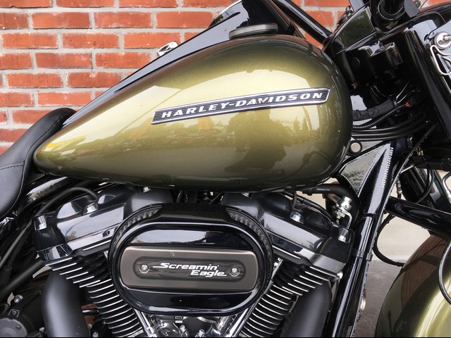 HARLEY-DAVIDSON 1745 ROAD KING SPECIAL ABS