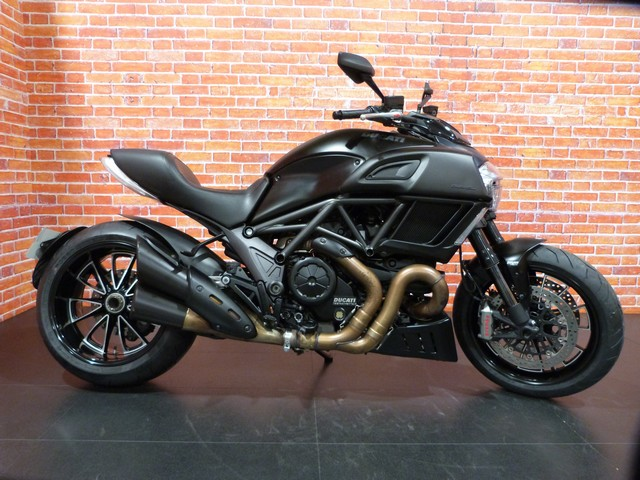 DUCATI 1198 DIAVEL DARK