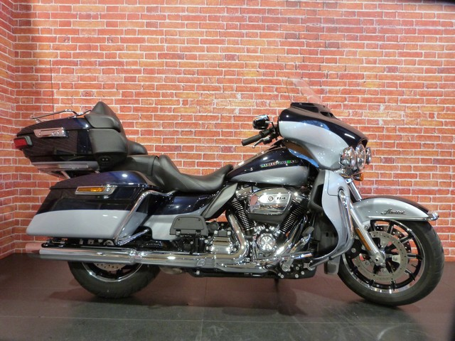 HARLEY-DAVIDSON 1868 TOURING ELECTRA GLIDE ULTRA LIMITED