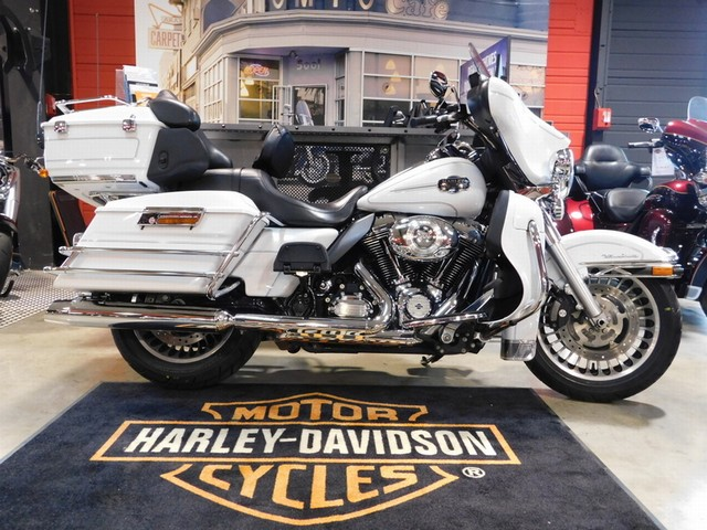 HARLEY-DAVIDSON 1690 TOURING ELECTRA GLIDE ULTRA CLASSIC
