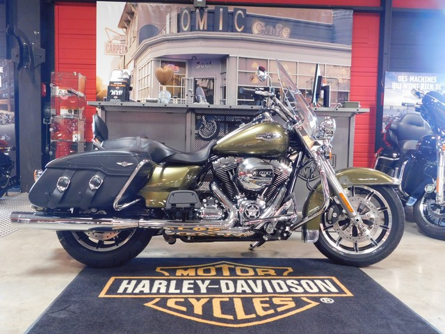 HARLEY-DAVIDSON 1690 TOURING ROAD KING CLASSIC