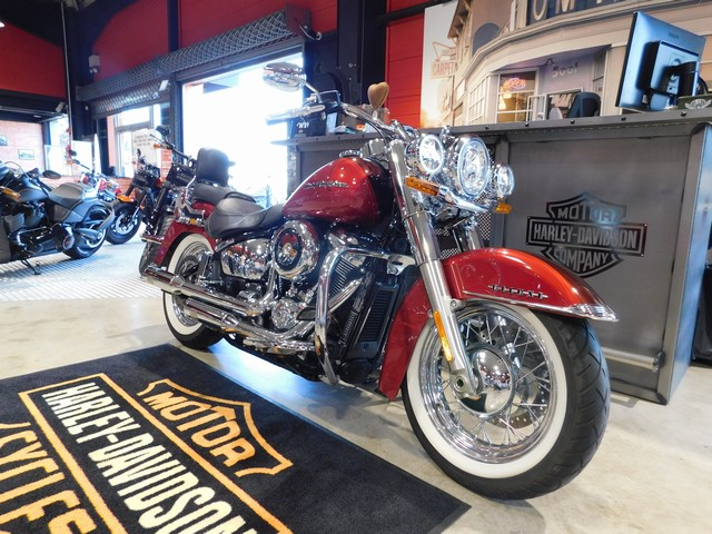 HARLEY-DAVIDSON 1745 SOFTAIL DELUXE