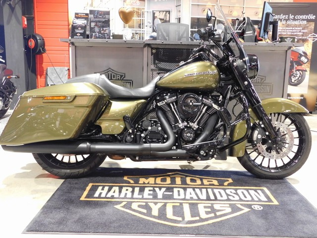 HARLEY-DAVIDSON 1745 TOURING ROAD KING SPECIAL