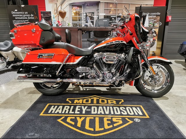 HARLEY-DAVIDSON 1800 TOURING ELECTRA GLIDE ULTRA CLASSIC CVO