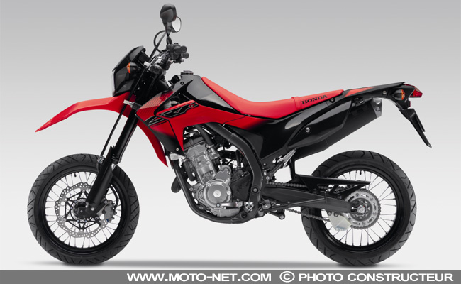 nouveaut s honda crf250m un petit supermotard pour cet t. Black Bedroom Furniture Sets. Home Design Ideas