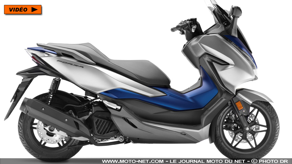 125 nouveau scooter forza 125 2019 honda relance la guerre au xmax. Black Bedroom Furniture Sets. Home Design Ideas
