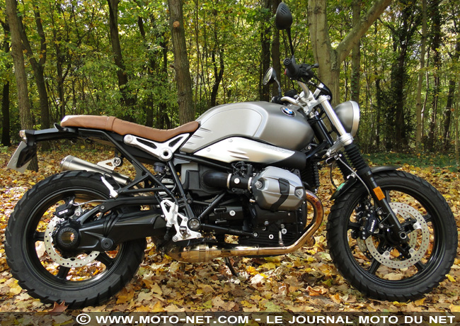 Duel nineT Scrambler Vs T120 Black : t'as le look bobo !