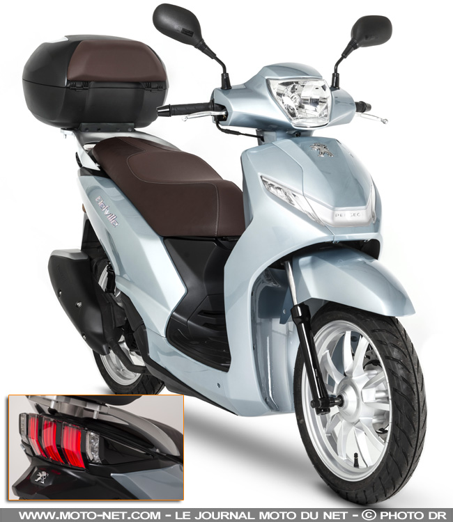 nouveaut s scooters peugeot 2017 nouveau metropolis. Black Bedroom Furniture Sets. Home Design Ideas