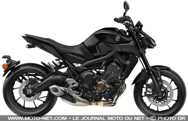 roadster yamaha mt 09 2017 et mt 10 sp premi res. Black Bedroom Furniture Sets. Home Design Ideas
