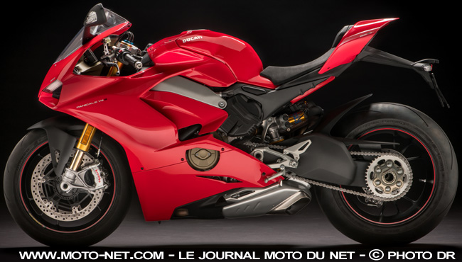 nouveaut s ducati panigale v4 la m me en deux fois mieux. Black Bedroom Furniture Sets. Home Design Ideas