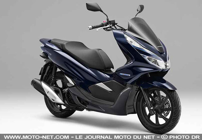 125 honda pcx 2018 le scooter passe l 39 lectrique et l 39 hybride en asie. Black Bedroom Furniture Sets. Home Design Ideas