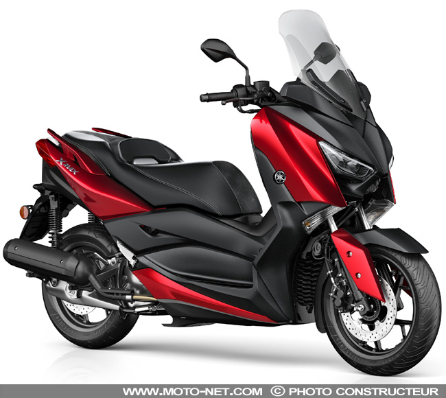 honda pcx vs forza 125 with Nouveau Xmax 125 2018 Il A Tout Des Grands 300 Et 400 on Versus Honda Pcx125 Vs Yamaha X Max 125 likewise Watch together with Forum Scooter Honda Forza 300 in addition Honda Pcx 2016 Chega   Mudancas further Nouveau Xmax 125 2018 Il A Tout Des Grands 300 Et 400.