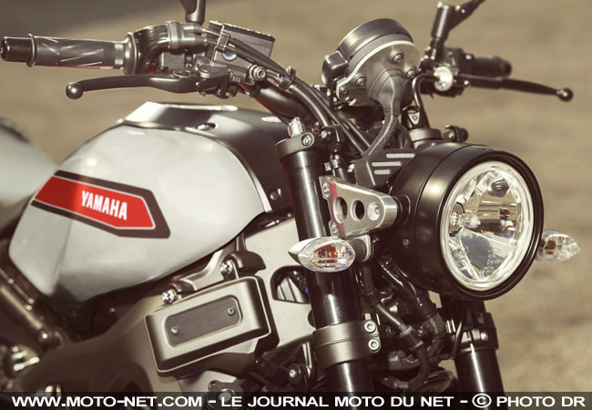 Roadster nouveau coloris garage metal pour les yamaha for Garage yamaha paris