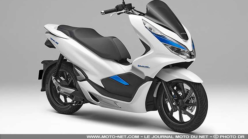125 honda pcx 2018 le scooter passe l 39 lectrique et. Black Bedroom Furniture Sets. Home Design Ideas